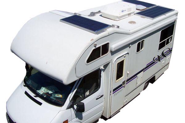 Фотоволтаична система за кемпери и каравани